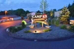 CampK9-Boarding-Entrance-02-300x199